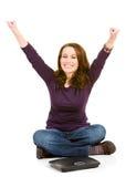 Zufällig: Frau aufgeregt zu nähren Stockfotografie