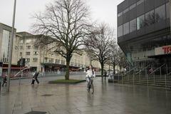Zufällige plymonth Straße lizenzfreies stockfoto