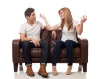 Zufällige junge Paare Lizenzfreie Stockbilder