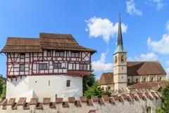 Zug城堡和圣Oswald教会,瑞士 免版税图库摄影