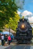 Zug am Depot Lizenzfreies Stockfoto