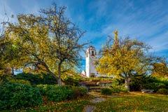 Zug-Depot in Boise Idaho mit Fallbäumen im Stadtpark stockfoto