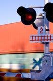Zug, der 1 kreuzt