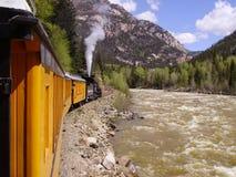 Zug-Fahrt entlang den Animas Lizenzfreies Stockfoto