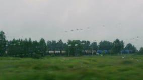 Zug geht durch Schiene stock video footage