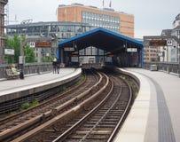 Zug S Bahn S in Hamburg Stockbilder