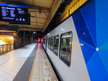 Zug zu Glen Waverley Lizenzfreie Stockbilder