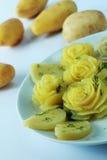 Zugebereitete Kartoffel als Blume Lizenzfreie Stockfotos