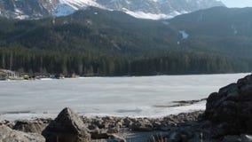 Zugspitze e Eibsee vídeos de arquivo