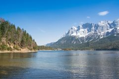 Zugspitze and lake Eibsee Royalty Free Stock Photos