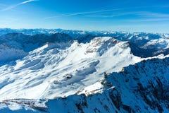 Zugspitze skidar semesterorten Royaltyfri Foto