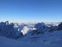 Zugspitze-Spitze von Deutschland lizenzfreie stockbilder