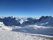 Zugspitze-Spitze von Deutschland lizenzfreies stockbild