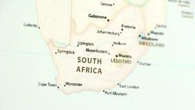 Zuid-Afrika op een Kaart met Defocus stock footage