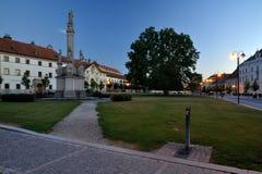 Zuid-Moravië, Valtice, vierkant met een standbeeld Stock Afbeeldingen