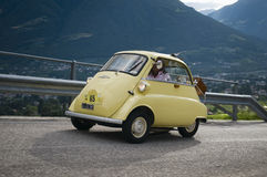 Zuid-Tirol klassieke cars_2014_BMW Isetta Stock Foto's