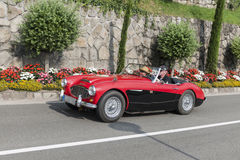 Zuid-Tirol Rallye 2016_ Austin Healey 100-6_red Royalty-vrije Stock Fotografie