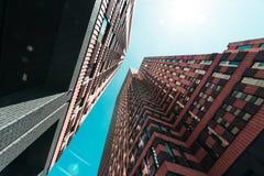 Zuidas w Amsterdam, Gustav Mahlerlaan, niebo cykliny zdjęcia stock