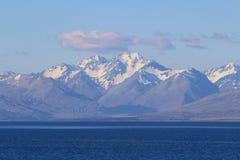 Zuidelijke Alpen van Meer Tekapo, Zuideneiland, Nieuw Zeeland stock fotografie