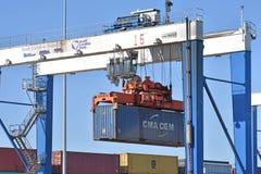 Zuiden Carolina Inland Port Crane met embleem stock fotografie