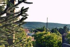 Zuiden van Frankrijk Zonsondergang op een dorp royalty-vrije stock foto's