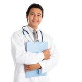 Zuidoostaziatische mannelijke arts Stock Afbeelding