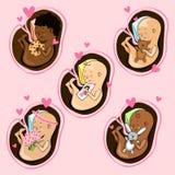 Zuigelingen in de uterus van verschillende nationaliteiten Naadloze bloemenachtergrond royalty-vrije illustratie