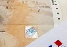 Zulassung- für Fahrzeugezertifikat certificat d ` Immatrikulation k stockfotos