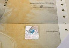 Zulassung- für Fahrzeugezertifikat certificat d ` Immatrikulation k lizenzfreies stockbild