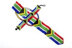 Zulu Beads Threaded en una corbata de la bandera surafricana Imagen de archivo