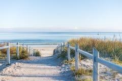 Zum Strand auf Deutschlands größter Insel gehen, RÃ-¼ GEN lizenzfreies stockbild