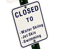 Zum Wasser-Sport Zeichen geschlossen Stockfoto