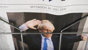 Zumba para fora de Boris Johnson na primeira página filme