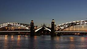 (zumbido-em) Peter a grande ponte que drawning filme