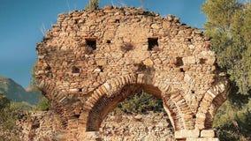 Zumbir de archs antigos em Nysa, Sultanhisar, Turquia 4K filme