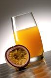 Zumo de fruta de pasión Imagen de archivo libre de regalías
