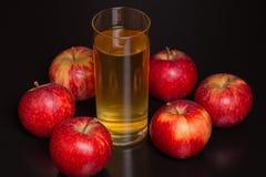 Zumo de manzana Fotos de archivo
