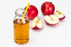 Zumo de manzana sabroso dulce de la vitamina Fotografía de archivo