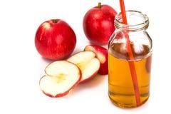 Zumo de manzana sabroso dulce de la vitamina Fotografía de archivo libre de regalías