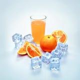 Zumo de naranja frío Imágenes de archivo libres de regalías