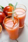 Zumo de naranja sangriento para dos Foto de archivo