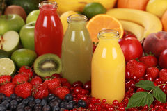 Zumos de fruta fresca Imagen de archivo
