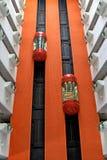 Den moderna hissen landskap i affärsmän hotellet, Kina Royaltyfri Fotografi