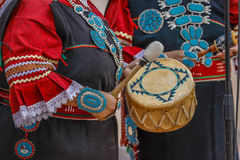 Zuni Indian plays drum in ceremony in Gallup, New Mexico Gallup, New Mexico, July 21, 2016 - Government Center Plaza Stock Photography