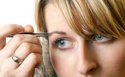 Zupfen Sie Augenbrauen Lizenzfreie Stockfotografie