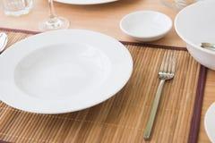 Zupny talerz na stole Obrazy Stock
