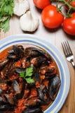 Zuppa di Cozze - Impepata di Cozze - Miesmuschelsuppe Stockbild