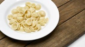 Zuppa di fungo fredda dell'insalata di pasta, bacon della patata Fotografia Stock Libera da Diritti