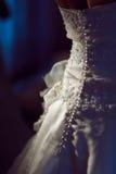 Zurück vom Hochzeitskleid Stockfotos