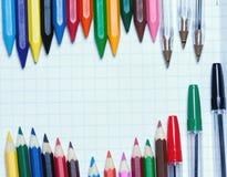 Zurück zu Schule Hintergrund Bleistifte und Radiergummi Stockbild